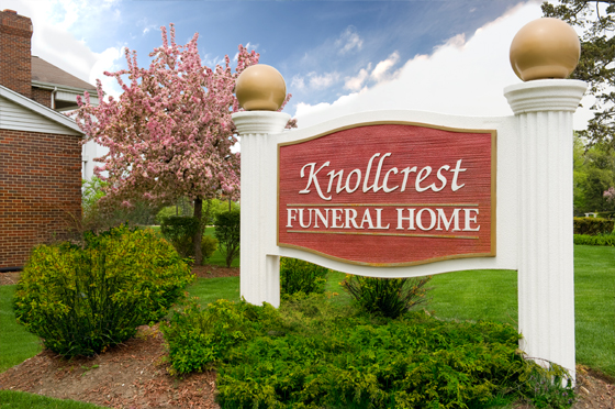 /KnollcrestFuneralHome/Facilities1.jpg